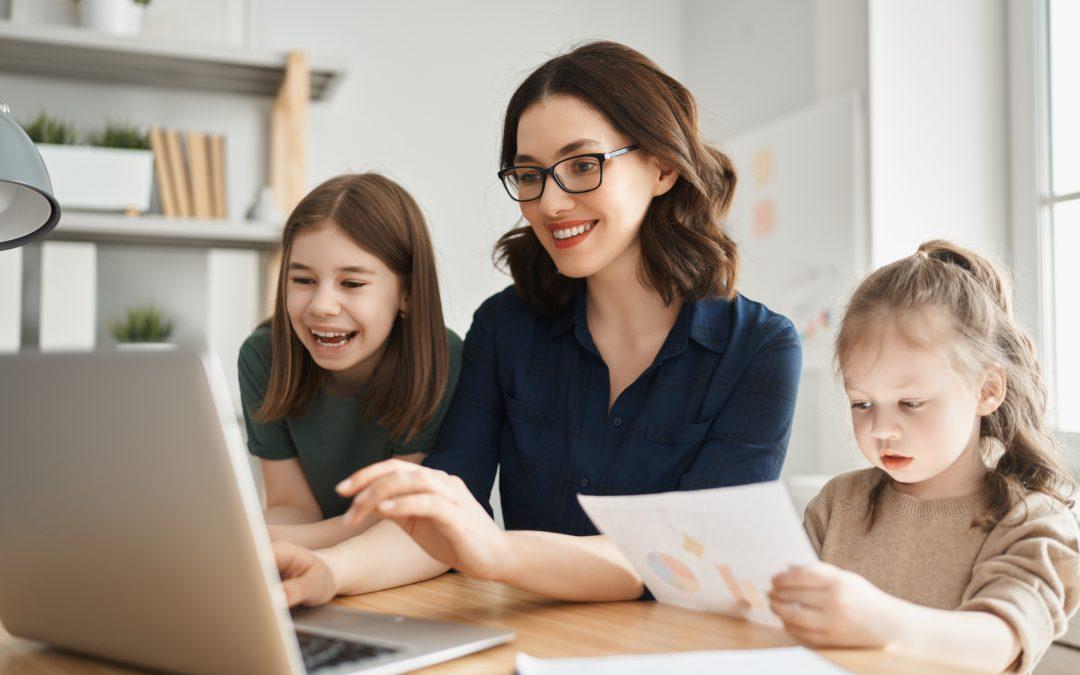 Az iskolabezárásokra van megoldás! – eláruljuk, hogyan válhat gondtalanná az online oktatás